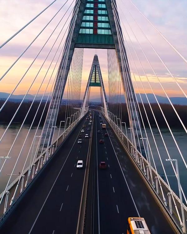 Drón Videó Megyeri Híd